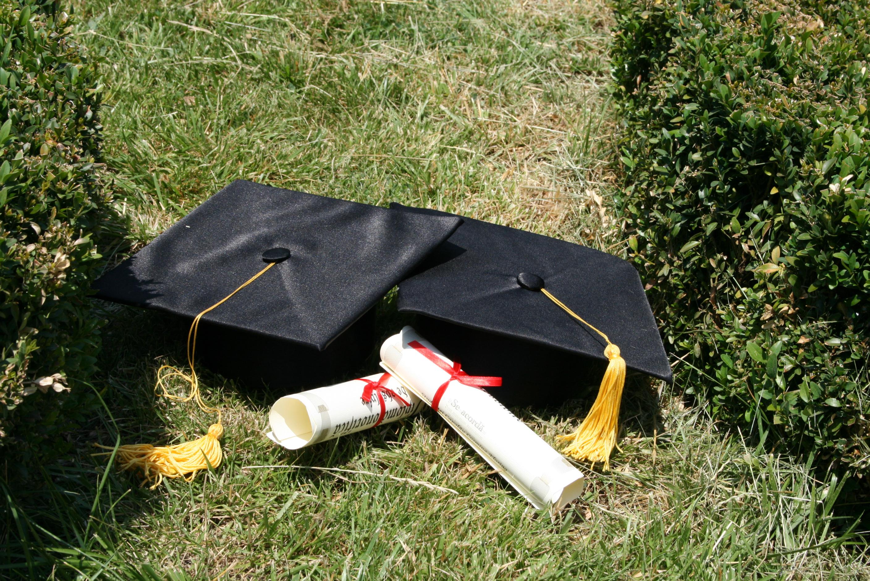graduation invitation advice