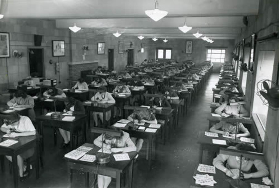 women working as FBI secretaries