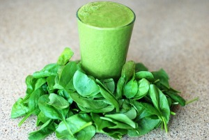 spinach with spinach smoothie food to be beautiful