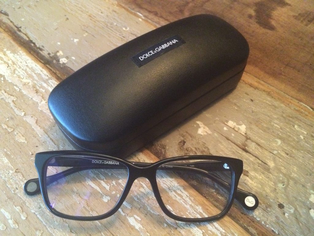 Eyezen glasses are perfect for a long workday