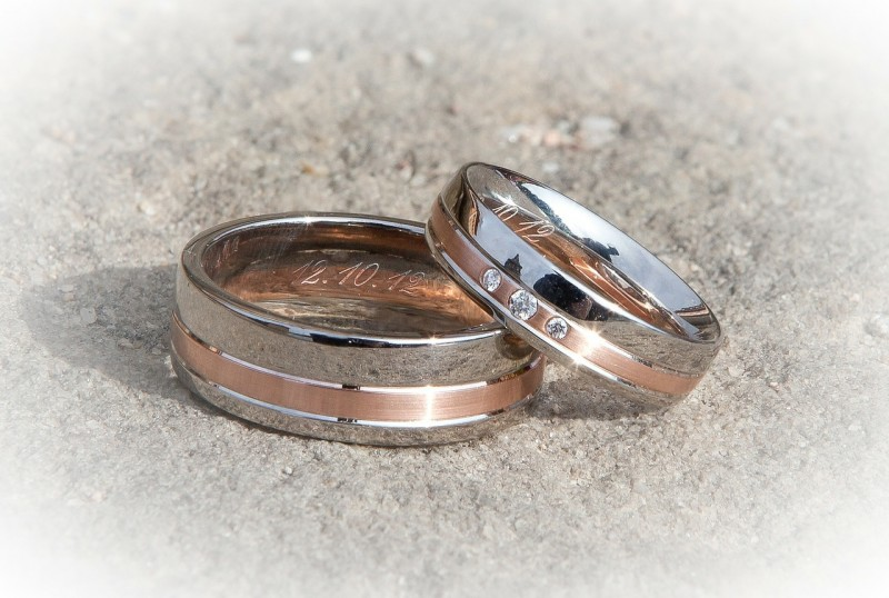 wedding rings bridesmaid
