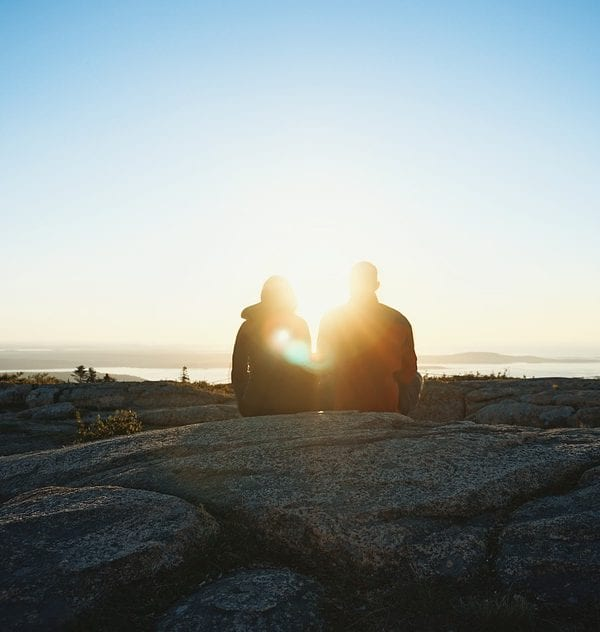dating a traveler
