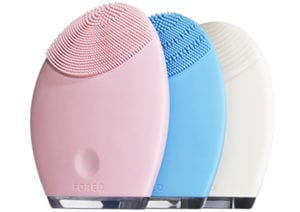 The foreo luna makes great beauty and fashion gifts
