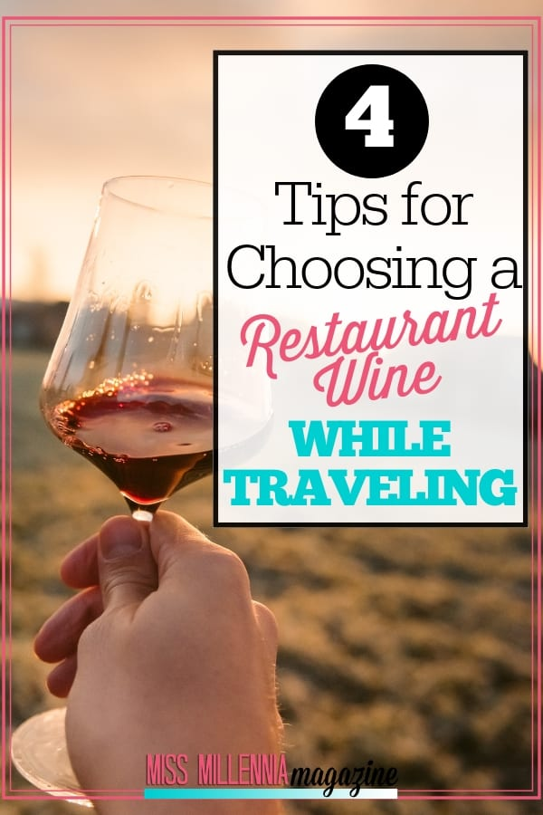 If you want to know more about restaurant wine and how to choose it the next time you are traveling with friends, here are a few strategies you can use.