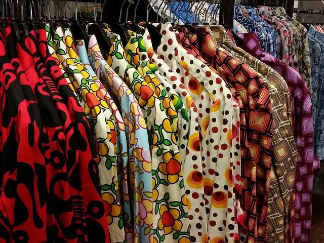 choosing a dress for summer vacation
