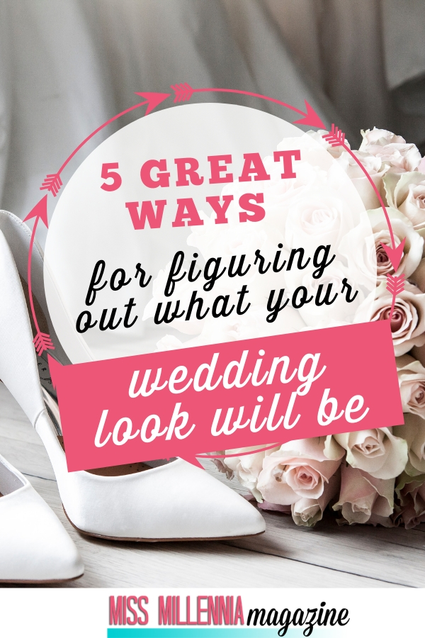 If you plan on doing your own makeup for your wedding but aren't exactly a makeup pro, then these tips are meant for you. Here are some great ways that you can go about figuring out what your wedding look will be, and how to pull it off flawlessly.