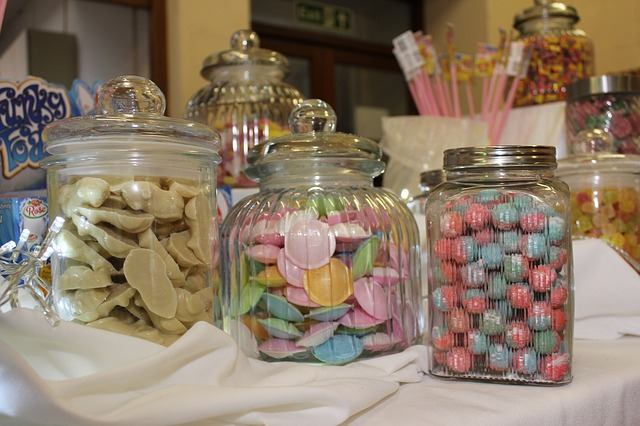 example of personalized gift ideas candy jar